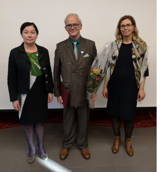 Helena Ahonen, Jukka Vihriälä ja Tytti Pantsar.